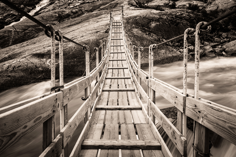 Suspension bridge Nigardsbreen - Norway